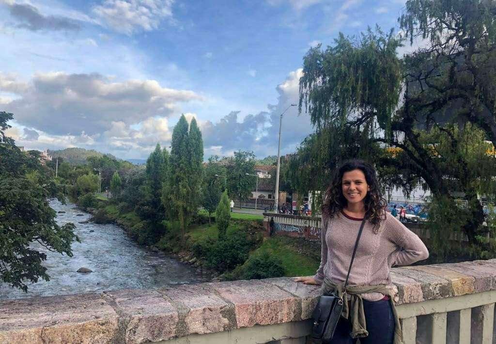 A blogger named Jagsetter at a river in Cuenca, Ecuador