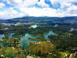 Picture of Guatape, Colombia from above. Picture was taken when Jagsetter took a day trip to Guatape from Medellin