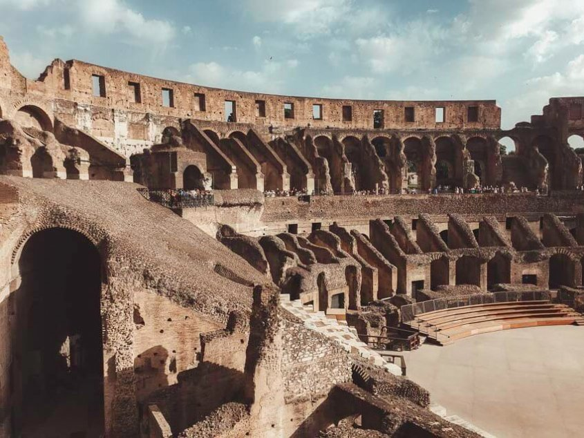 picture of the roman coliseum in Rome, Italy
